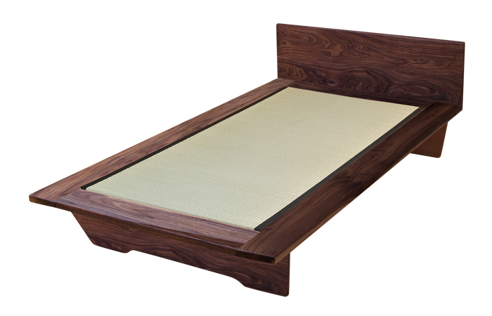 Japanese style wooden futon bed for Futon e tatami